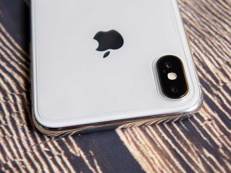 kinh cuong luc mat sau iphone