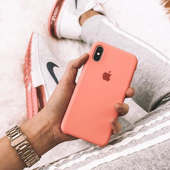 op lung apple silicon chong ban