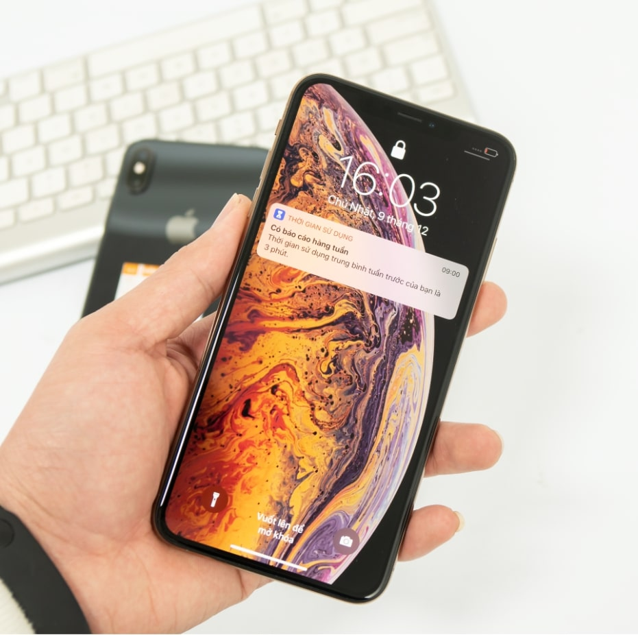 kiểm tra điện thoại iPhone XS cũ