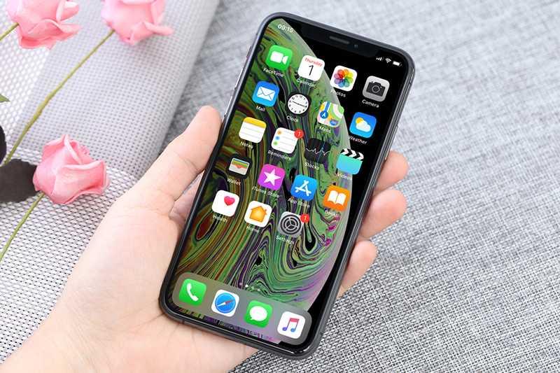 So sánh điện thoại iPhone XS và iPhone XR