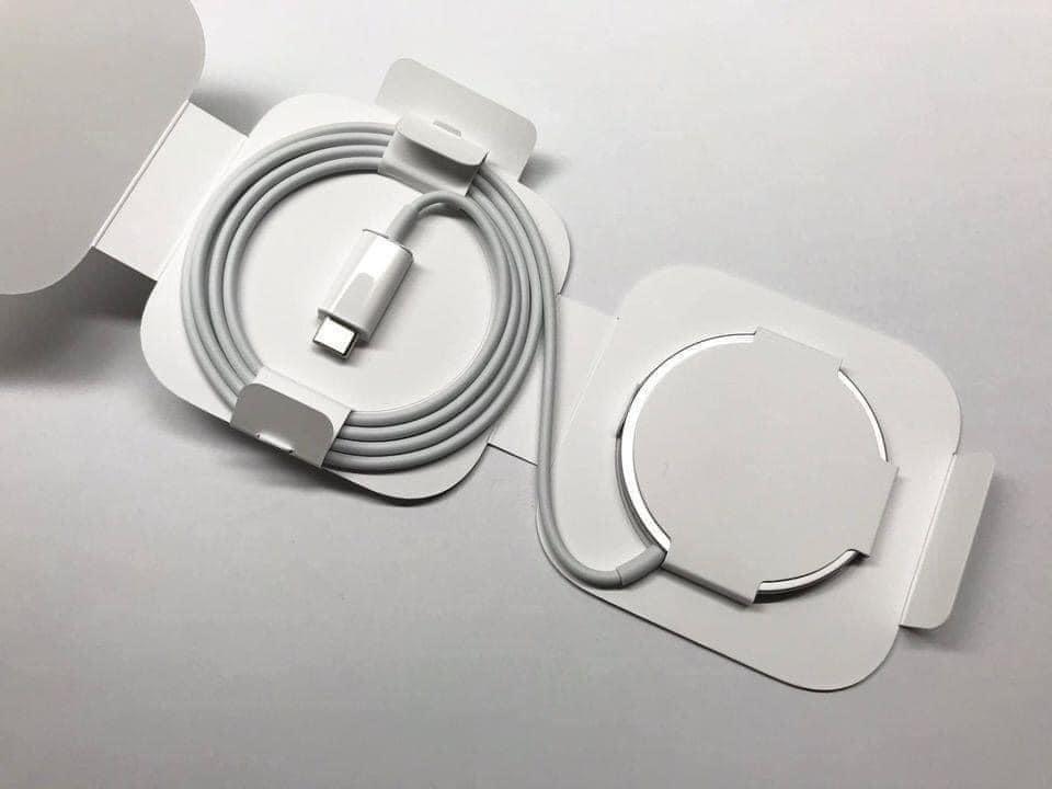 Sạc Nhanh Không Dây Magsafe Cho iPhone12